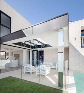 House On Austral Bricks